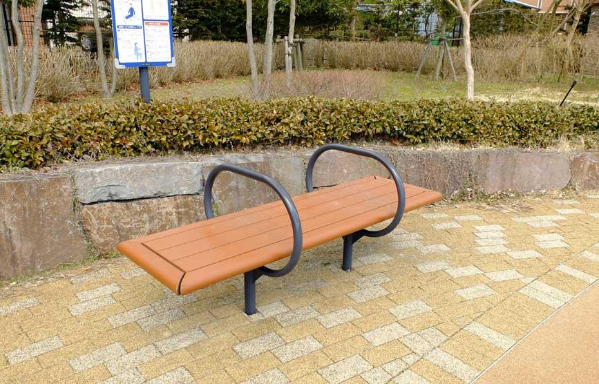 bench_o